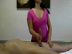 oriental masseur sucks chargers knob hardcore blowjob asian cocksucking pussyfucking