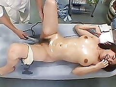 massage therapist finger snatch japanese